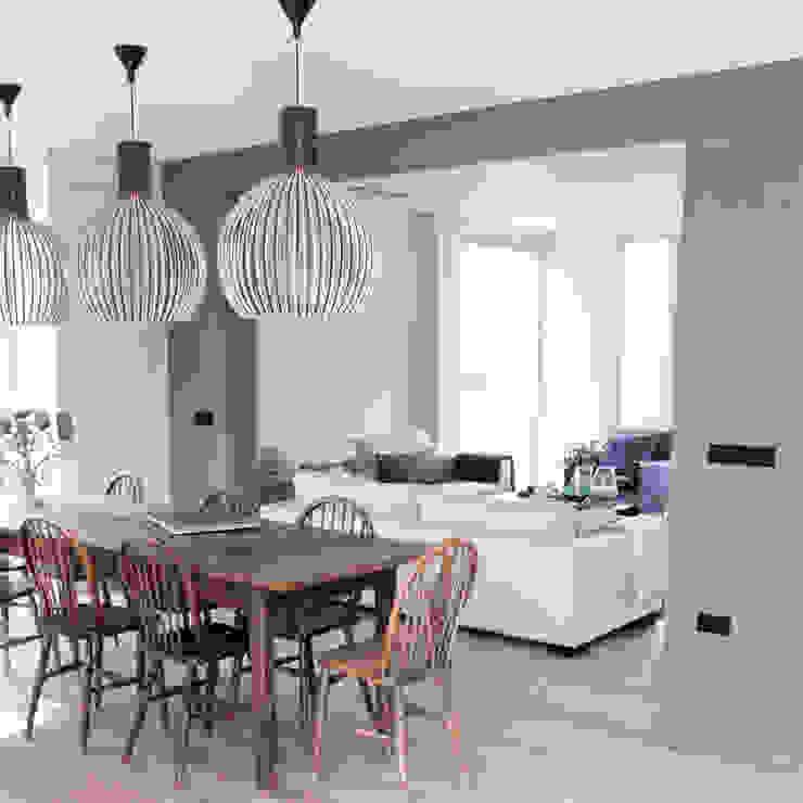 Ruang Makan oleh Zilva Vloeren, Rustic