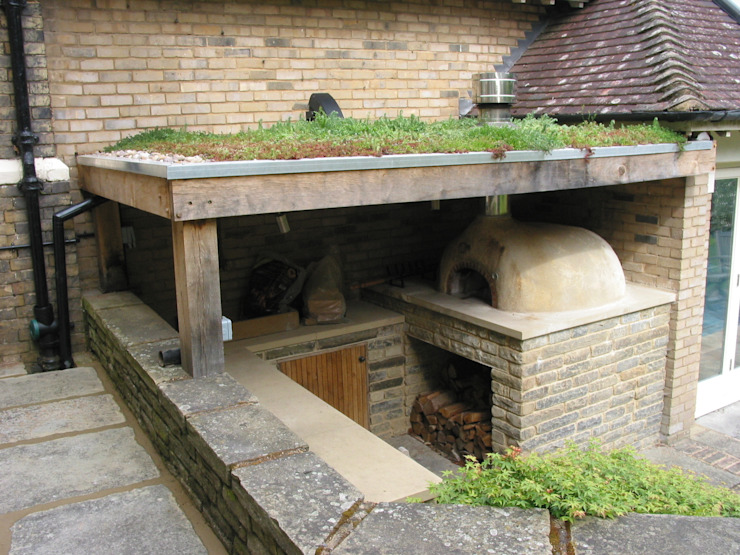 wood-fired oven under cover Jardines de estilo moderno de wood-fired oven Moderno