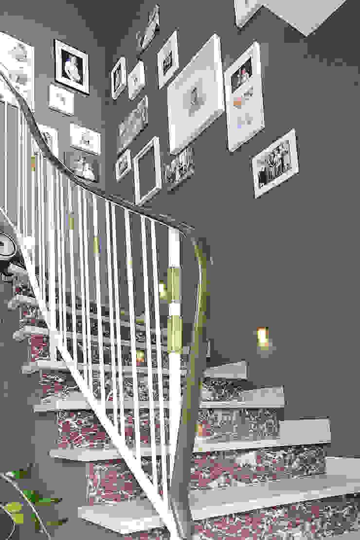 Haus N Moderner Flur, Diele & Treppenhaus von marcbetz architektur Modern