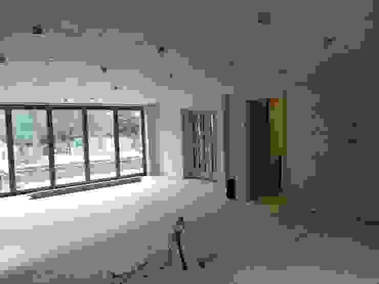 Work in progress - kitchen dining family space Dye Tabrett Architects