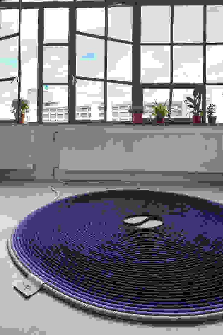 Fervent Carpet van Studio Siem & Pabon Minimalistisch