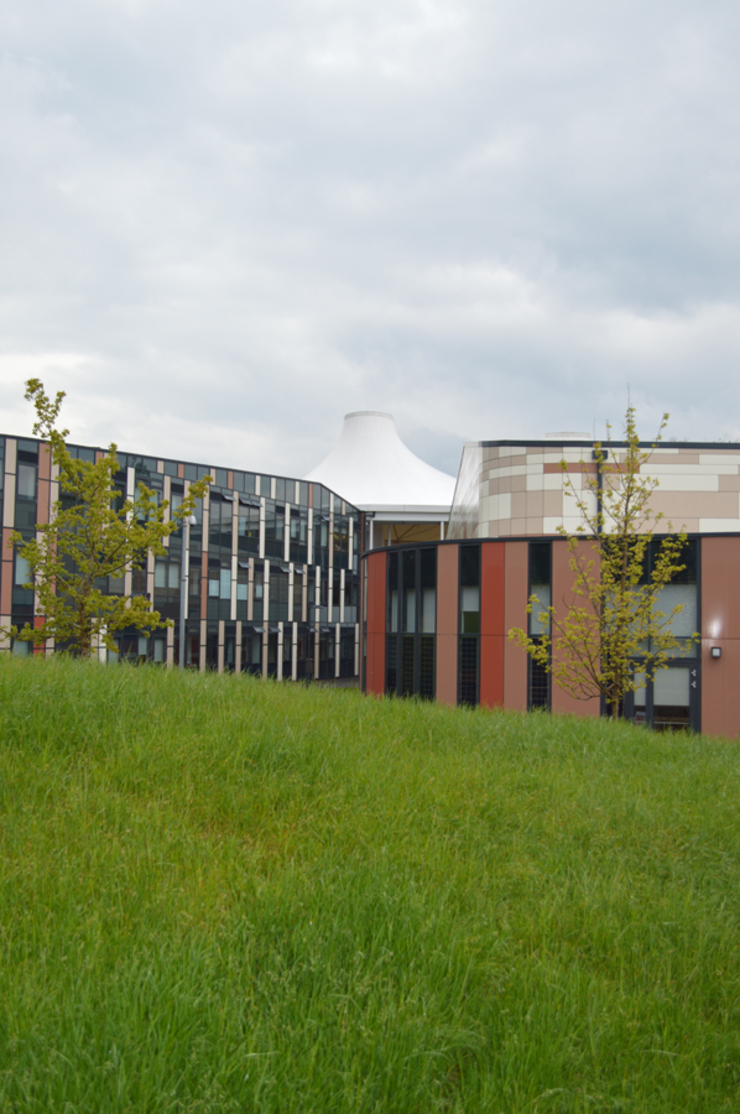 Blending new with existing seamlessly ArchitectureLIVE Schools