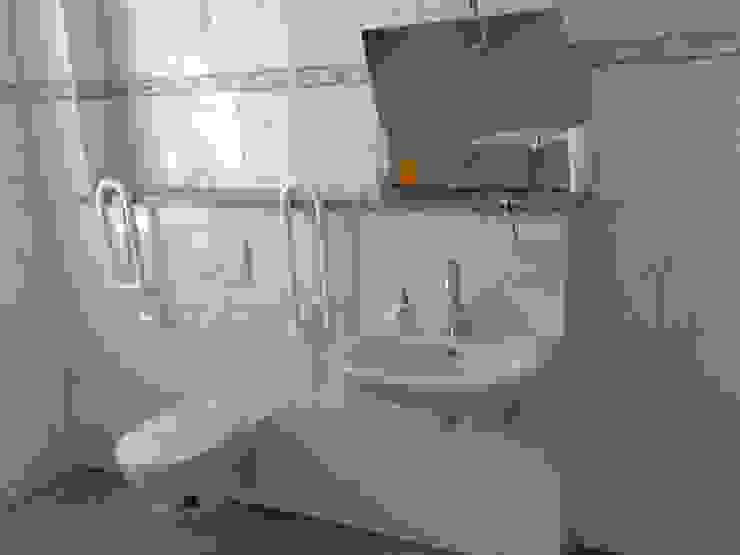 Barrierefreies Waschbecken Moderne Badezimmer von Mihm Thermohaus Modern