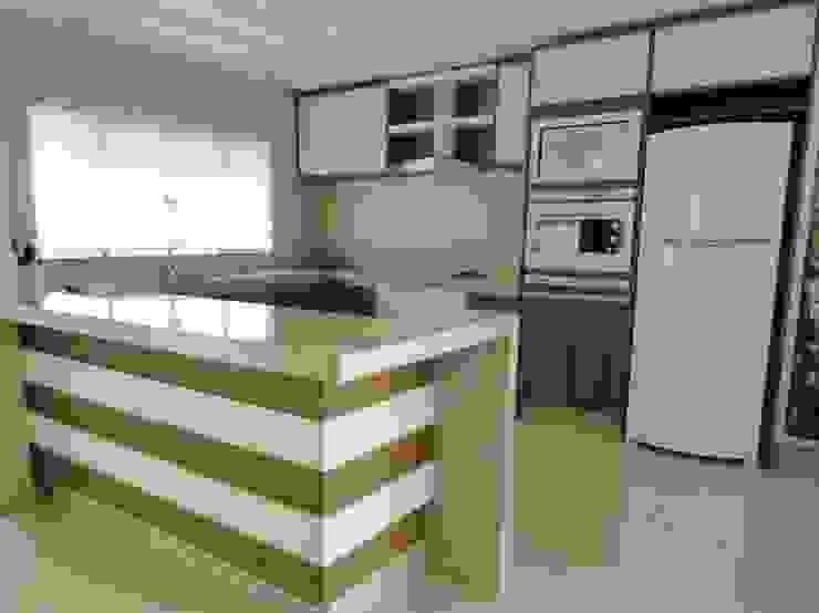 Interior Residência Cozinhas modernas por Kubbo Arquitetos Moderno