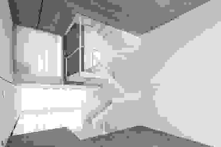 Escalera RUE Salones de estilo clásico