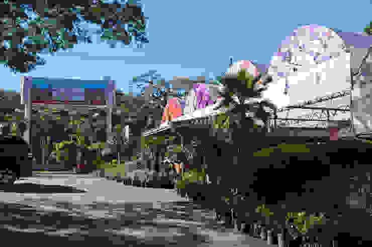 Área de Entrada da Empresa Vista Interna Espaços comerciais clássicos por Blumengarten Plantas e Flores LTDA Clássico