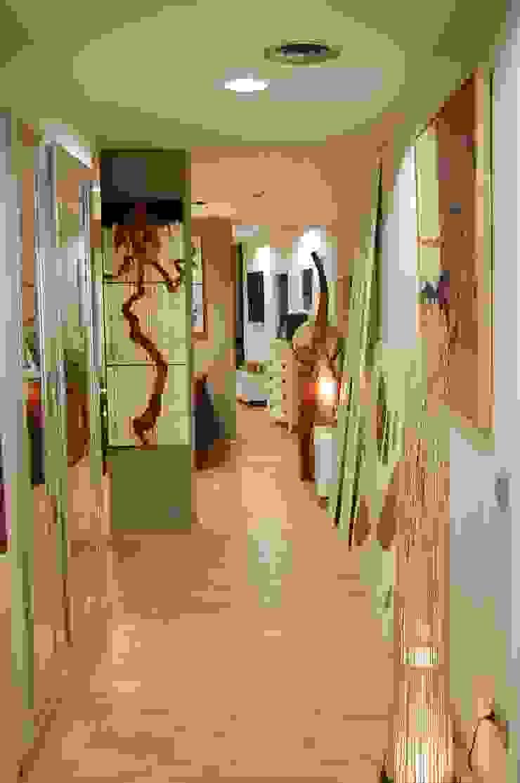 por Gramil Interiorismo II - Decoradores y diseñadores de interiores Moderno