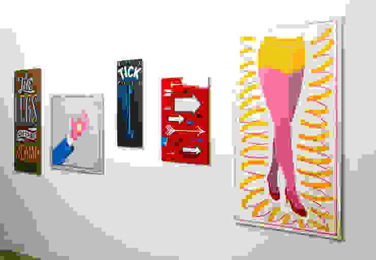 Just Wait Until You See The Legs On That Woman van Lennart Wolfert - Graphic Artist Minimalistisch