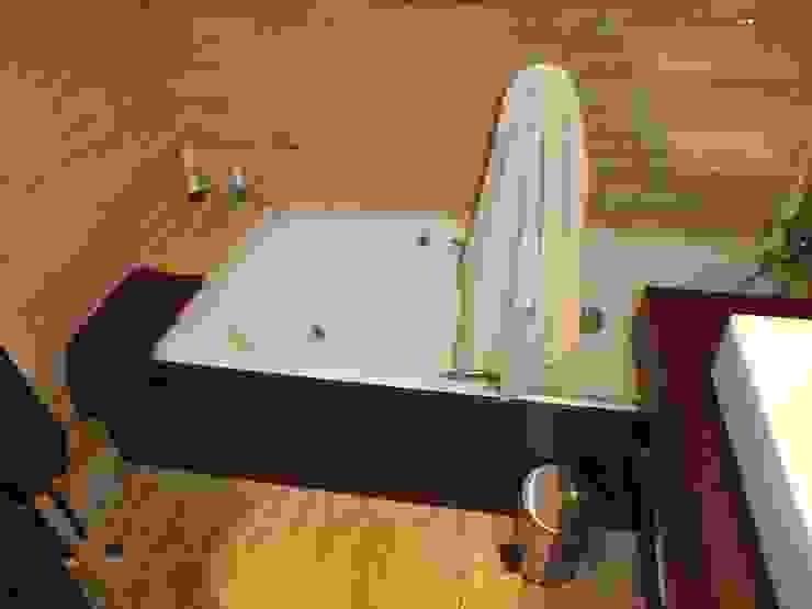 Klassische Badezimmer von Empresa constructora en Madrid Klassisch