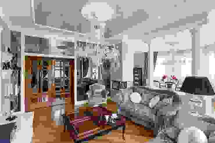 Ruang Keluarga Klasik Oleh AGRAFFE design Klasik
