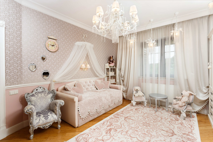 Classic style nursery/kids room by AGRAFFE design Classic