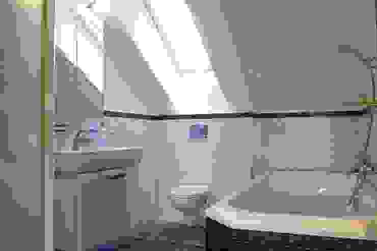 Квартира в г. Зеленоградске Ванная в классическом стиле от AGRAFFE design Классический