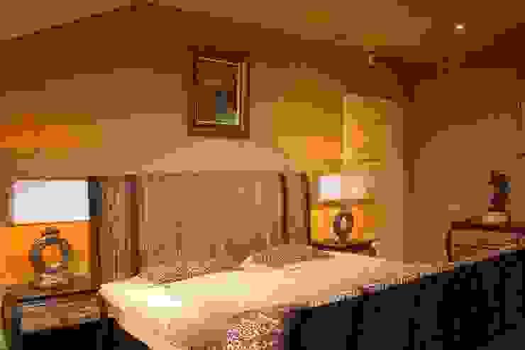Квартира в г. Зеленоградске Спальня в тропическом стиле от AGRAFFE design Тропический