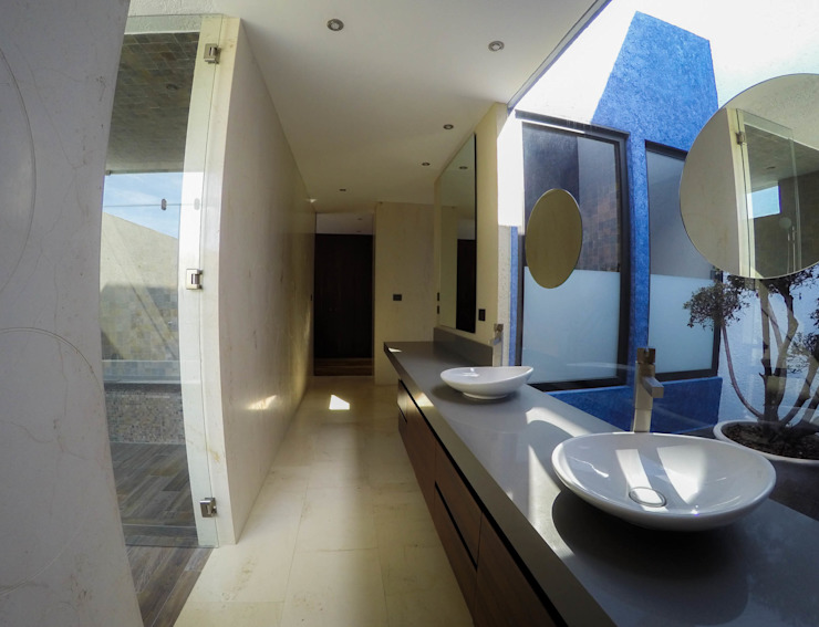 Casa J&J Baños modernos de [TT ARQUITECTOS] Moderno