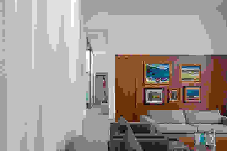 Aguirre Arquitetura Salon minimaliste