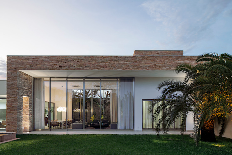 Aguirre Arquitetura Maisons minimalistes