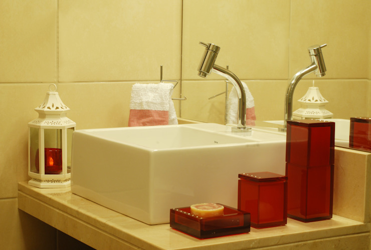 Lavabos e Banheiros por Celia Beatriz Arquitetura Minimalista