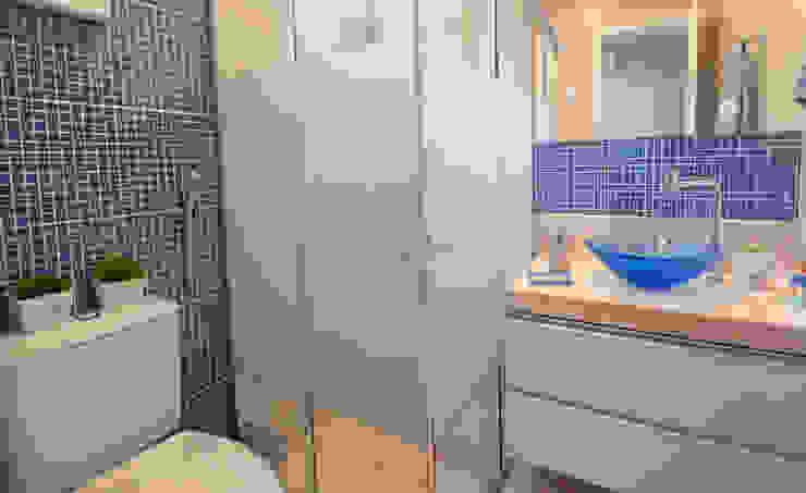 Lavabos e Banheiros por Celia Beatriz Arquitetura Moderno