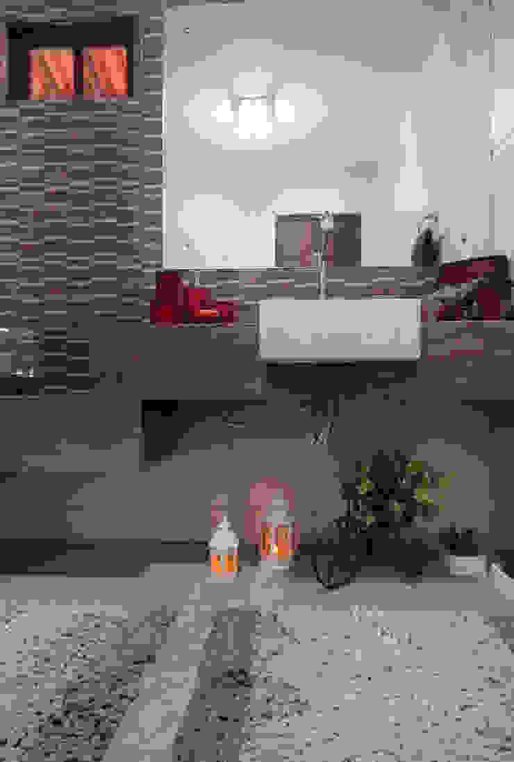 Lavabos e Banheiros Banheiros rústicos por Celia Beatriz Arquitetura Rústico