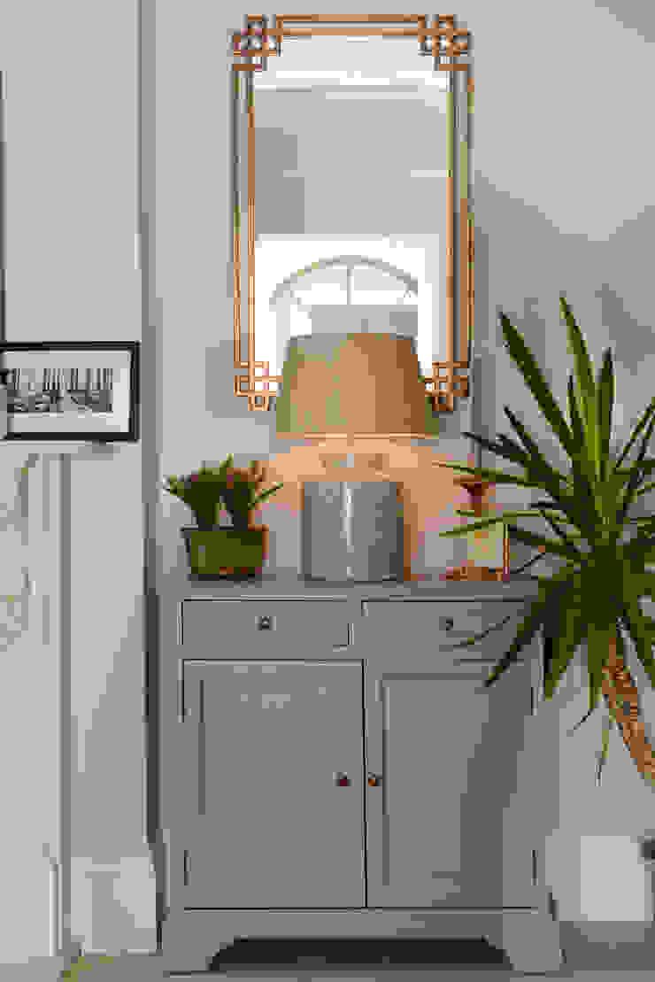 Living Room Ruth Noble Interiors SoggiornoSupporti TV & Pareti Attrezzate