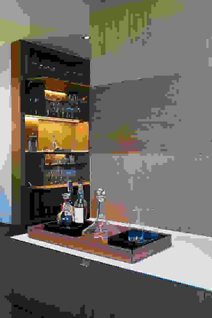 Salón apartamento Caldes Estrach, Barcelona Salones de estilo moderno de ETNA STUDIO Moderno Madera Acabado en madera