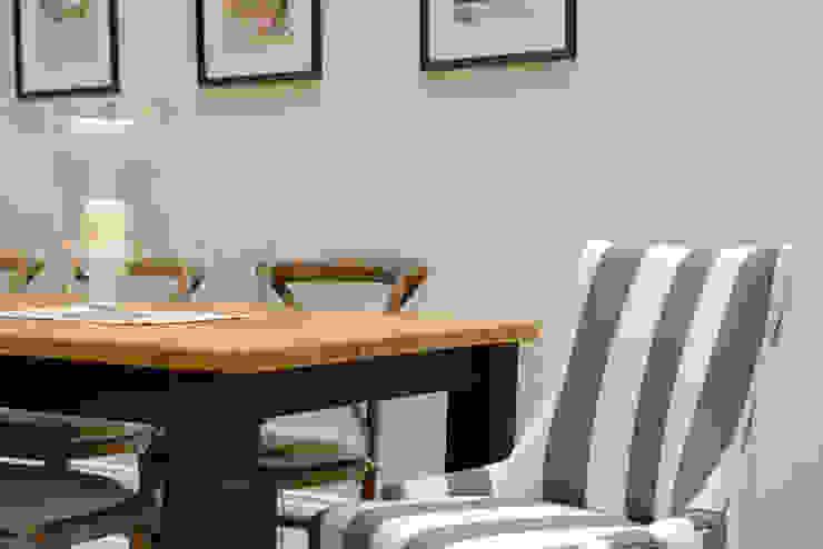 Dining Ruth Noble Interiors Sala da pranzo eclettica