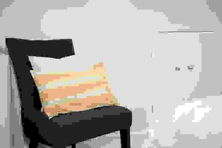 Family Home Ruth Noble Interiors Camera da lettoAccessori & Decorazioni