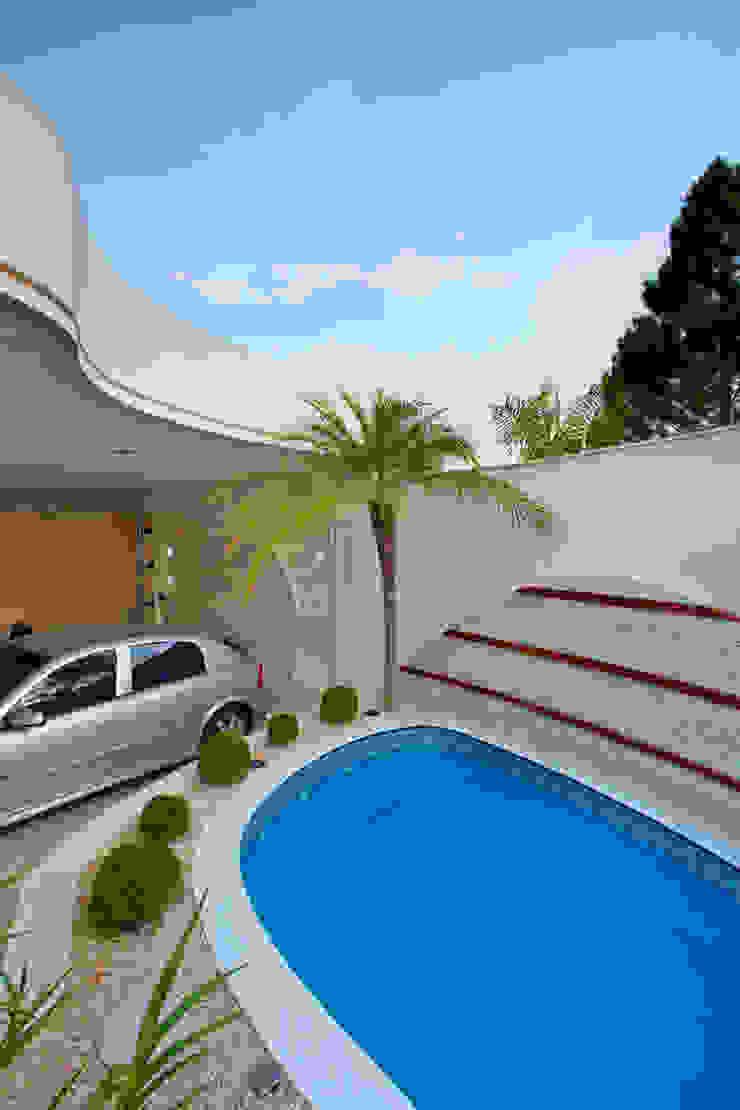 Modern home by Designer de Interiores e Paisagista Iara Kílaris Modern
