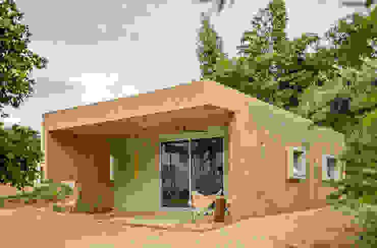 Moderne huizen van TACO Taller de Arquitectura Contextual Modern