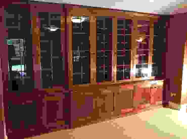Break front office bookcase van Auspicious Furniture Klassiek