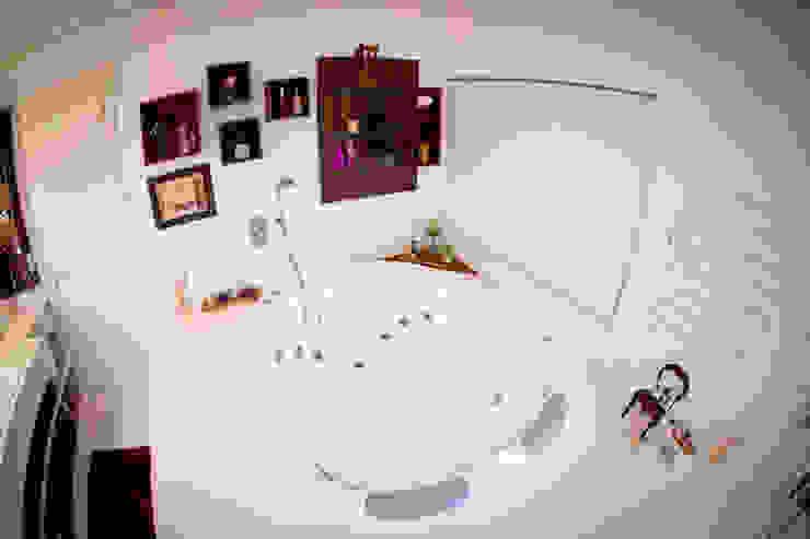 Banho suíte casal por INOVA Arquitetura Moderno