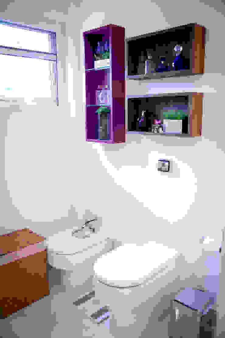 Banho suíte casal Banheiros modernos por INOVA Arquitetura Moderno