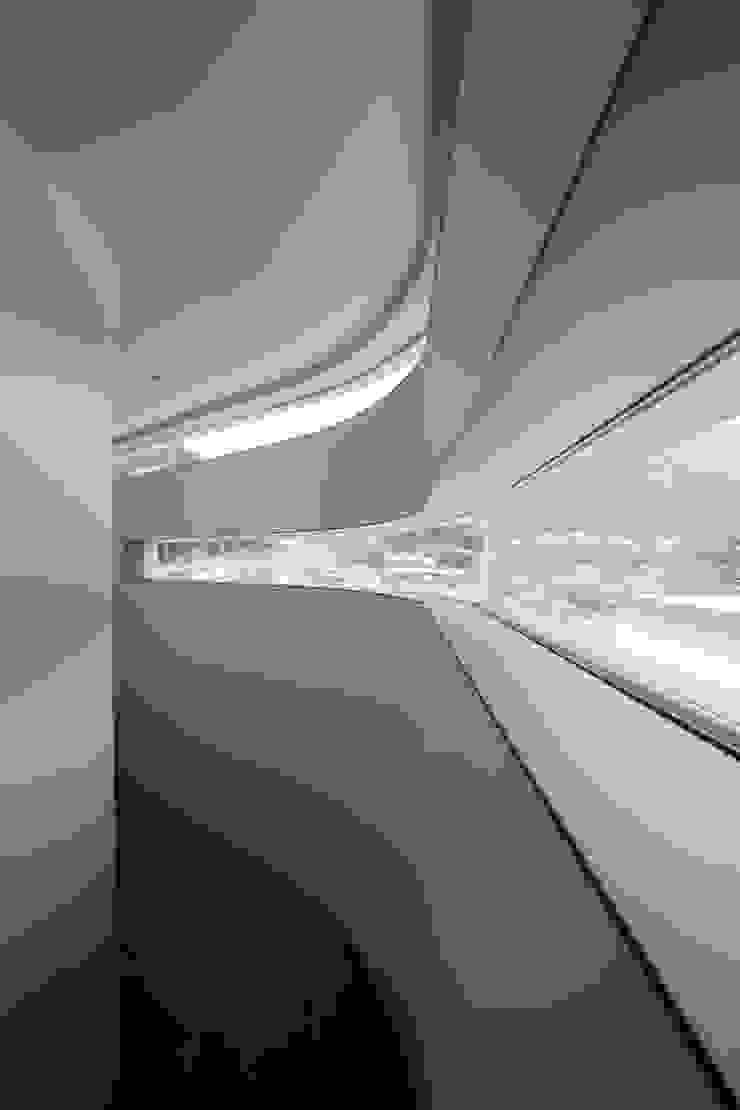 Horizontal House モダンな 窓&ドア の EASTERN design office イースタン建築設計事務所 モダン