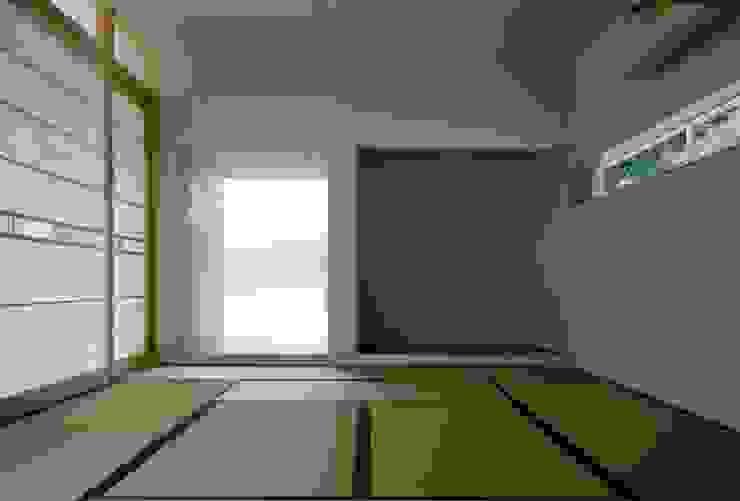 Horizontal House アジア・和風の 窓&ドア の EASTERN design office イースタン建築設計事務所 和風