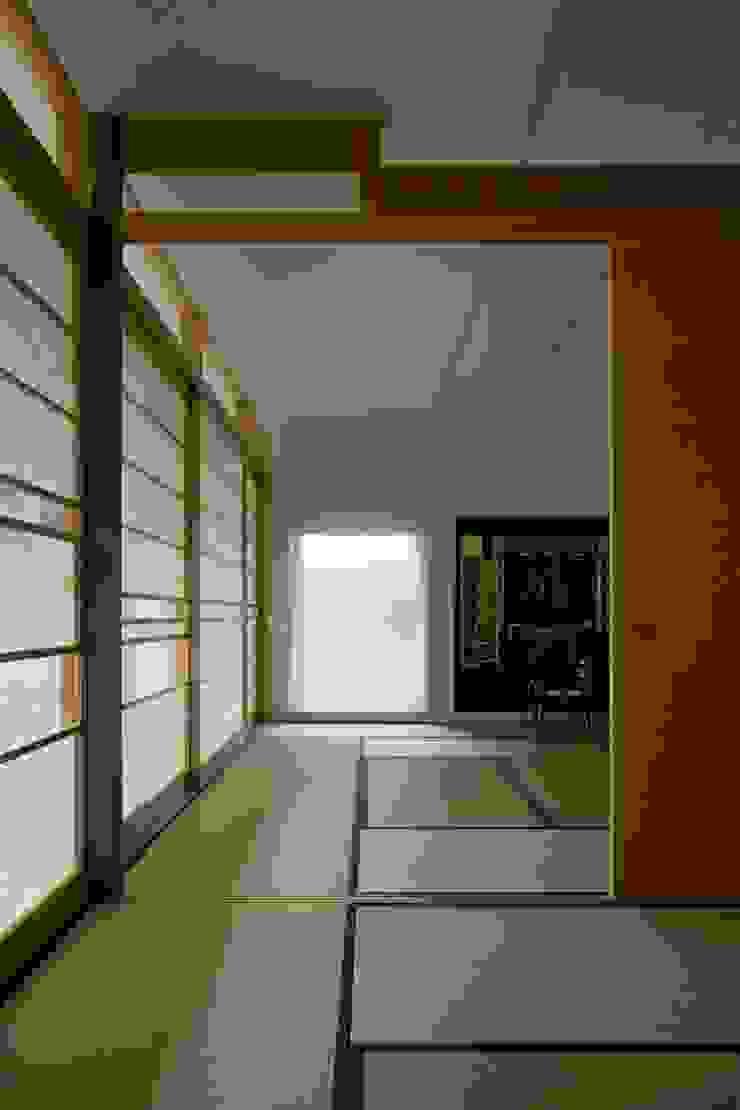 Horizontal House 和風の 寝室 の EASTERN design office イースタン建築設計事務所 和風