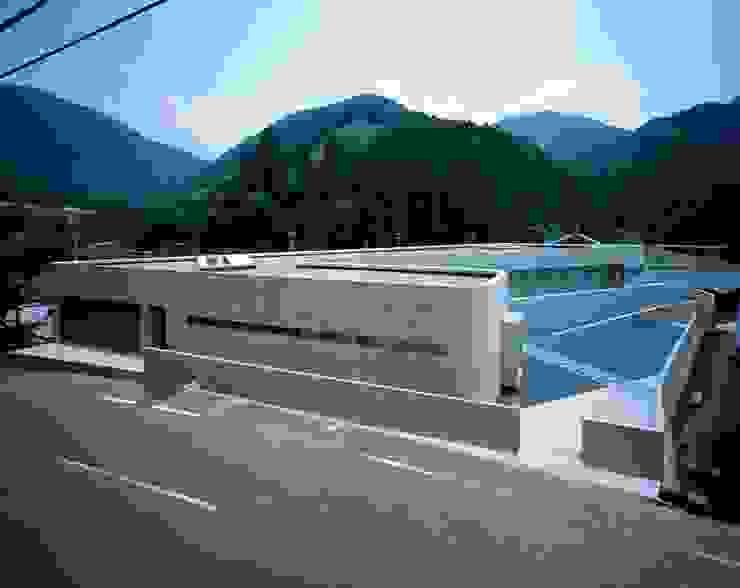 Horizontal House モダンな 家 の EASTERN design office イースタン建築設計事務所 モダン