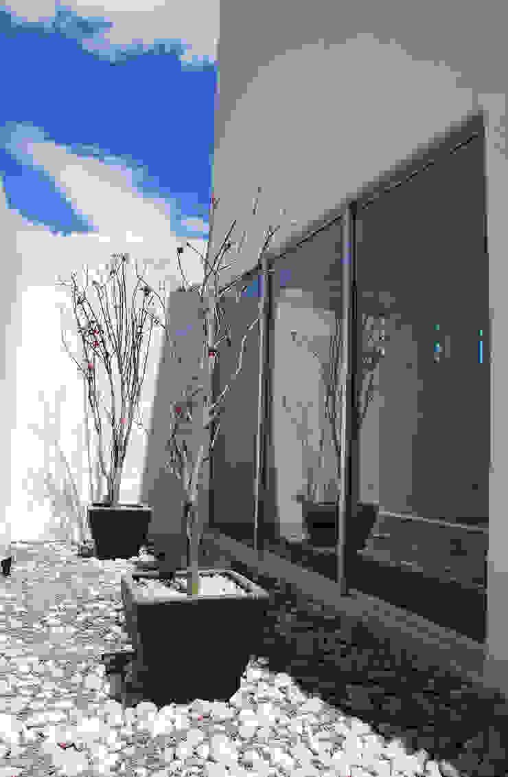 [TT ARQUITECTOS] Modern balcony, veranda & terrace