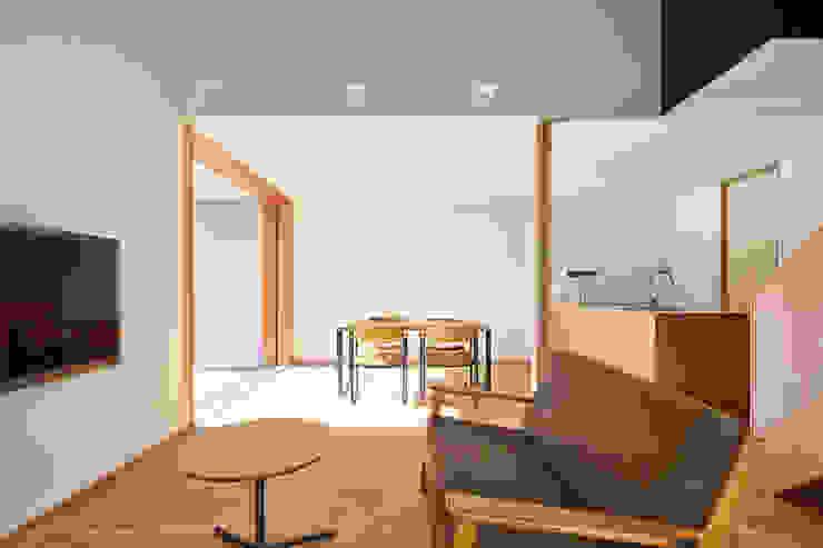 リビング モダンデザインの リビング の ケンチックス一級建築士事務所 モダン