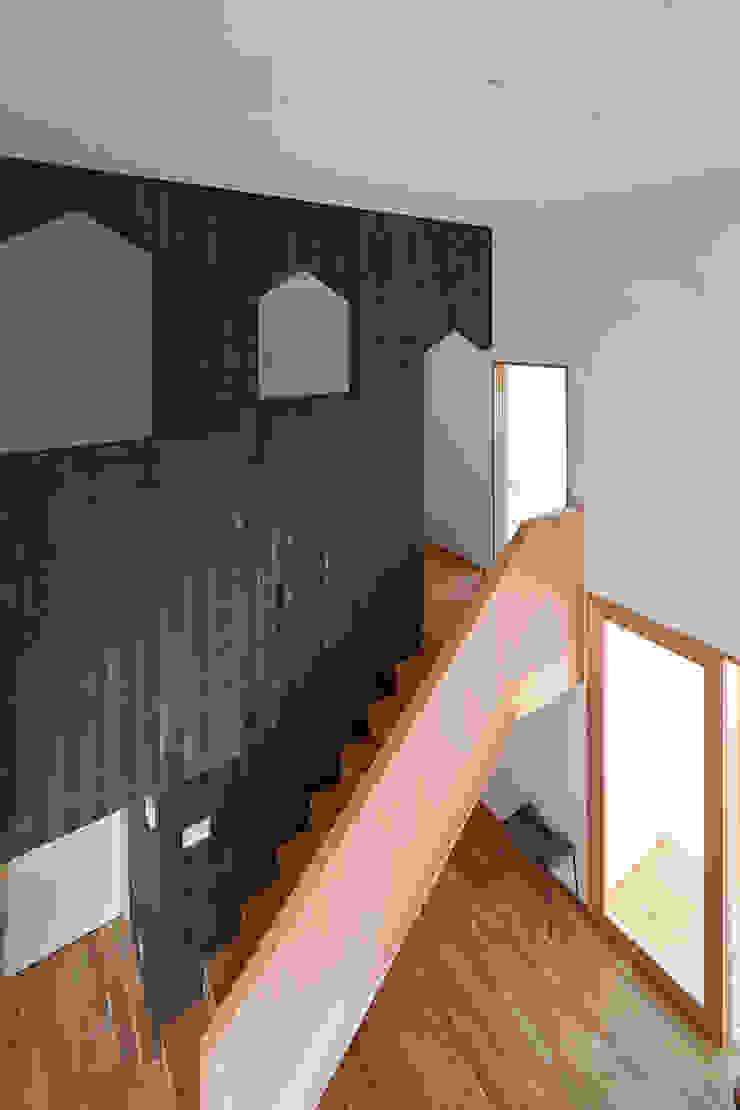 階段 モダンスタイルの 玄関&廊下&階段 の ケンチックス一級建築士事務所 モダン