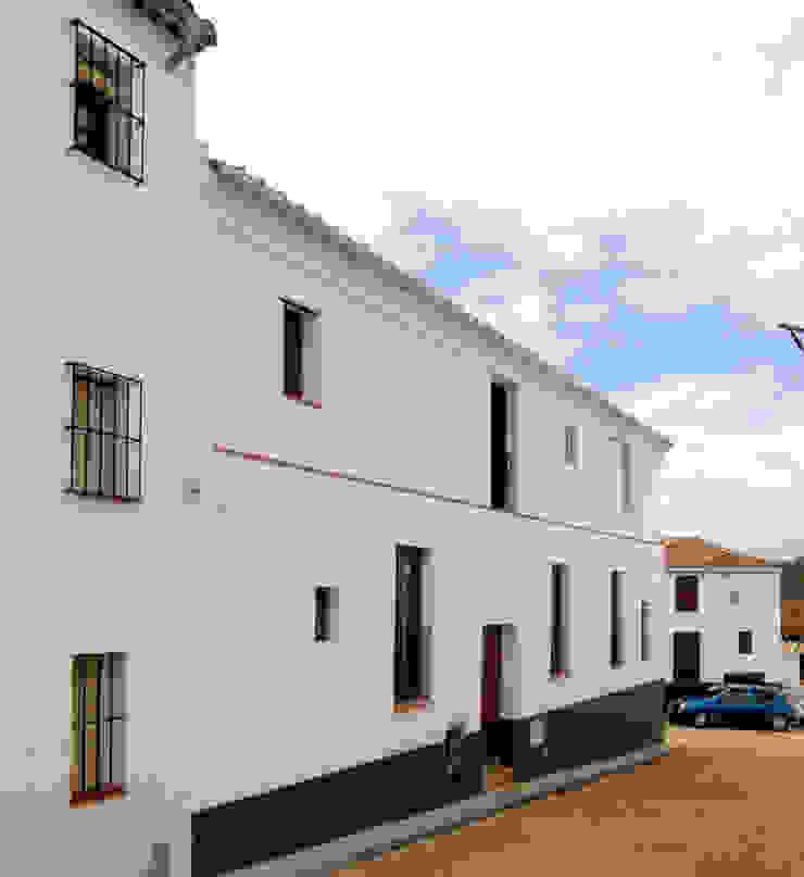 Rehabilitación de una Casa en Jabugo Casas de estilo rural de CM4 Arquitectos Rural