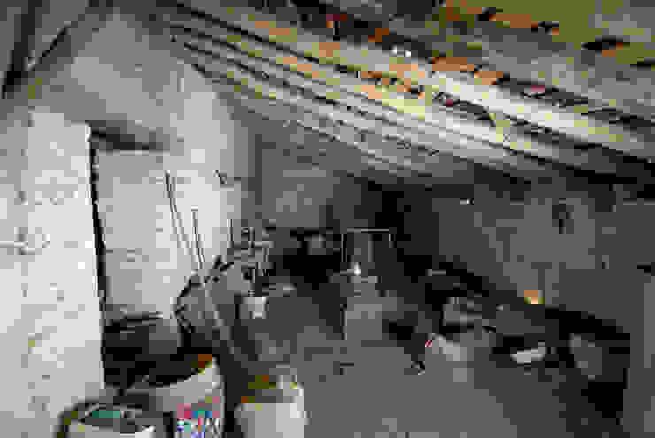 Rehabilitación de una Casa en Jabugo de CM4 Arquitectos Rural