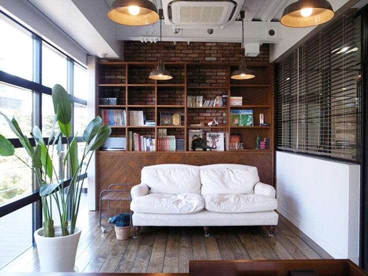 有限会社スタジオA建築設計事務所 Estudios y bibliotecas de estilo rústico