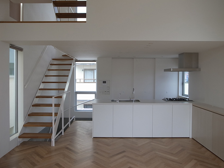 Modern Kitchen by 有限会社スタジオA建築設計事務所 Modern