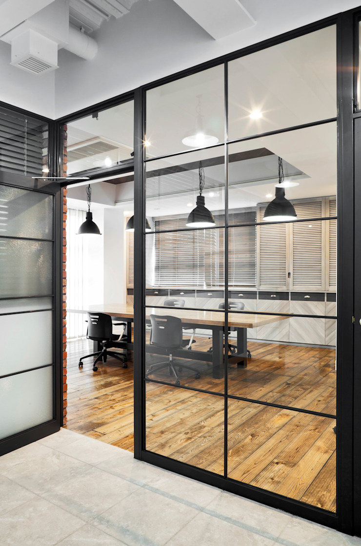 de 有限会社スタジオA建築設計事務所 Industrial
