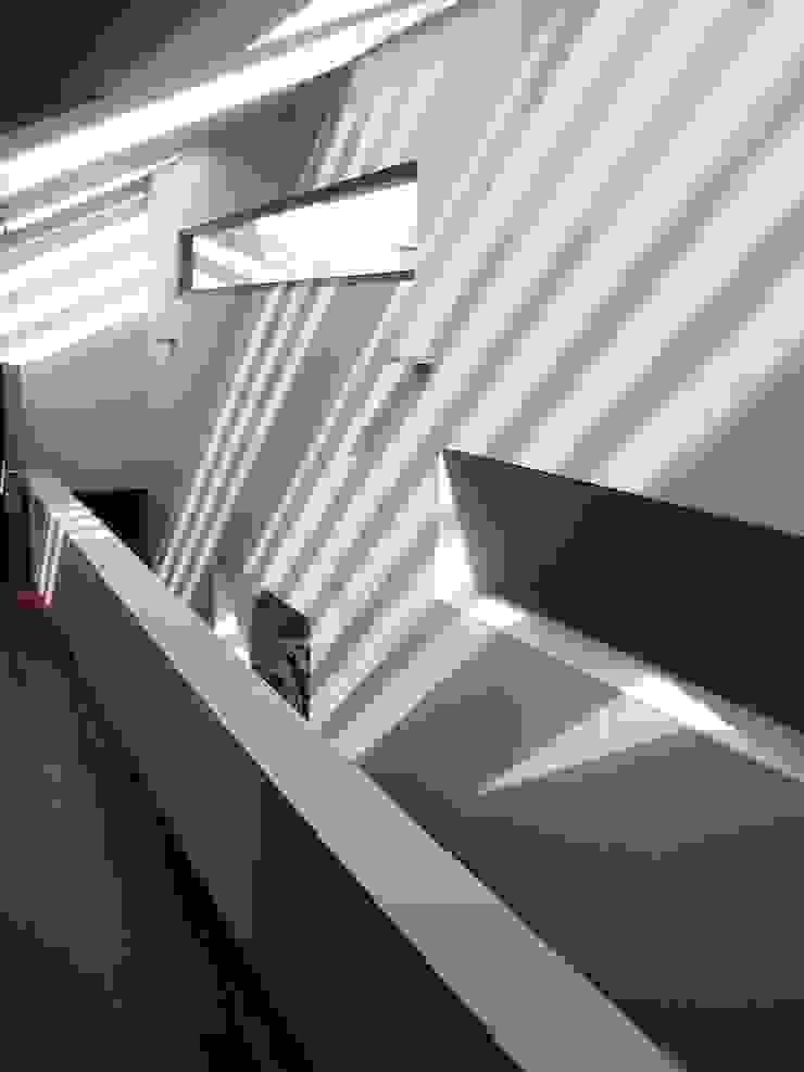 Hallway Giles Jollands Architect Modern Corridor, Hallway and Staircase