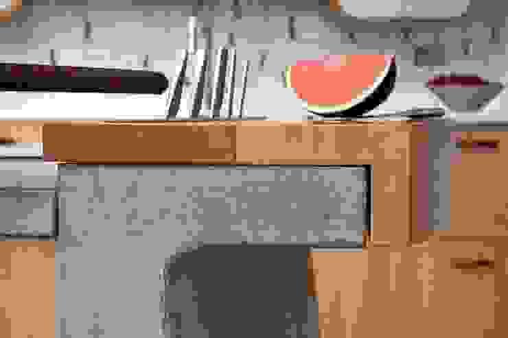 Richmond – A Kitchen in Three Movements Johnny Grey ห้องครัวเคาน์เตอร์ครัว