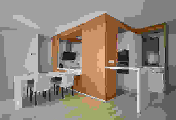 Cocina Cocinas de estilo moderno de CM4 Arquitectos Moderno