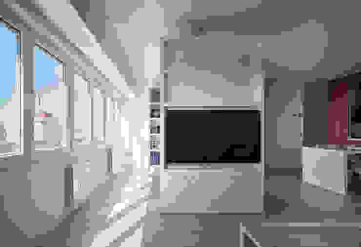 Iluminación Salones de estilo moderno de CM4 Arquitectos Moderno