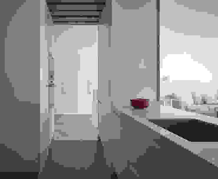 Reforma integral en los remedios Cocinas de estilo moderno de CM4 Arquitectos Moderno