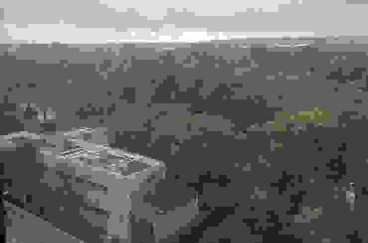 Vistas Balcones y terrazas de estilo moderno de CM4 Arquitectos Moderno